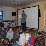 Schülersprecher Christian begrüßt die Gäste