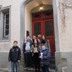 Vor der Leopold Sophien-Bibliothek
