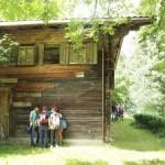 Ein altes Schulhaus in Zell